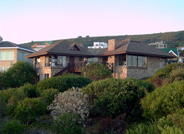 Outeniqua Strand self-catering accommodation